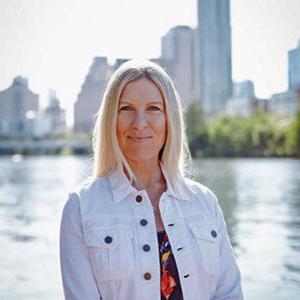 Lori Trenasty,祈祷协调员